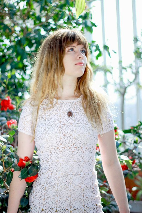 60er Jahre Mods Gehäkelte Kleid mit Blumenmuster