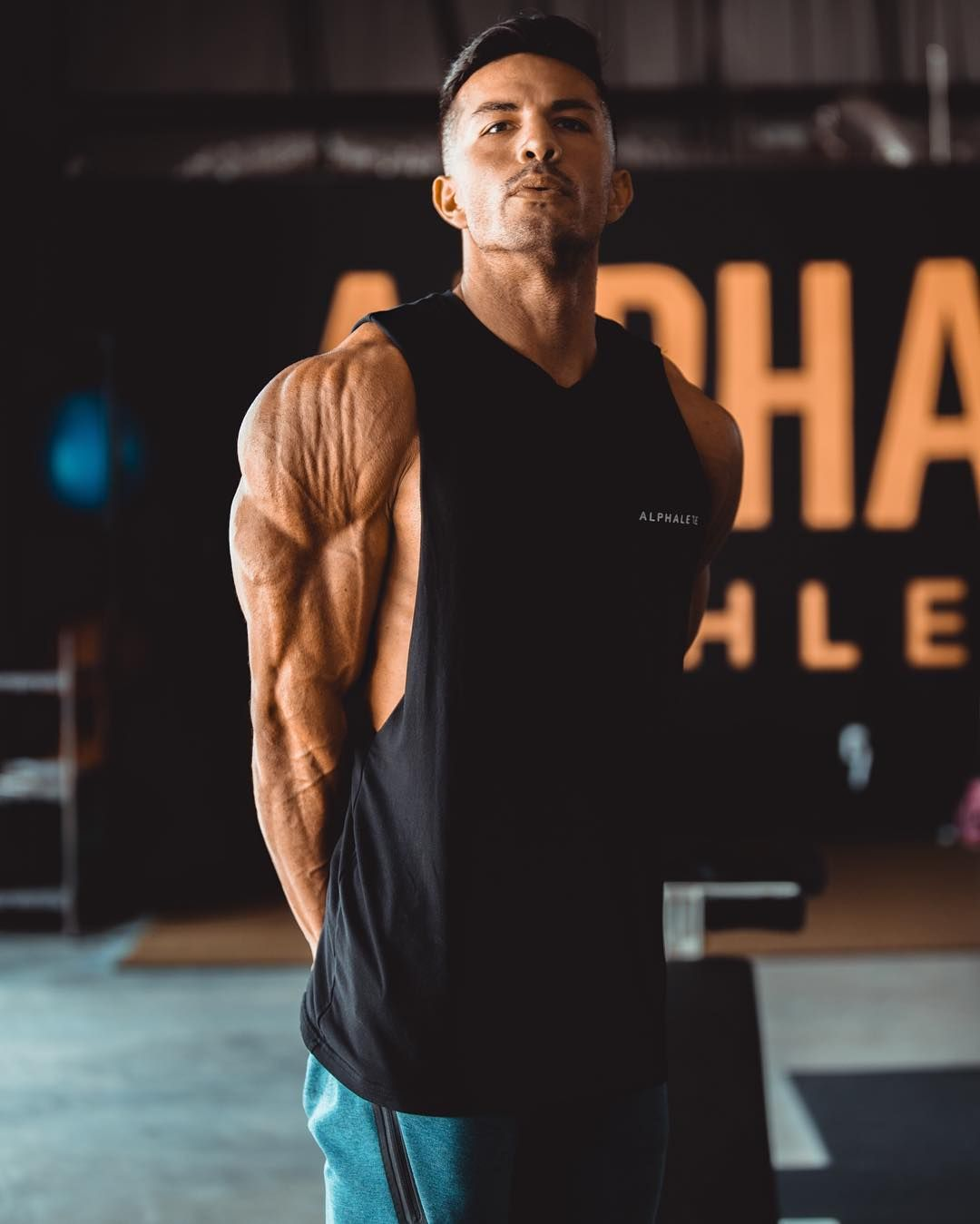 Christian Guzman is The King of Lighting and Filters #bodybuilding #fitness #gym #  sc 1 st  Pinterest & Christian Guzman is The King of Lighting and Filters #bodybuilding ... azcodes.com