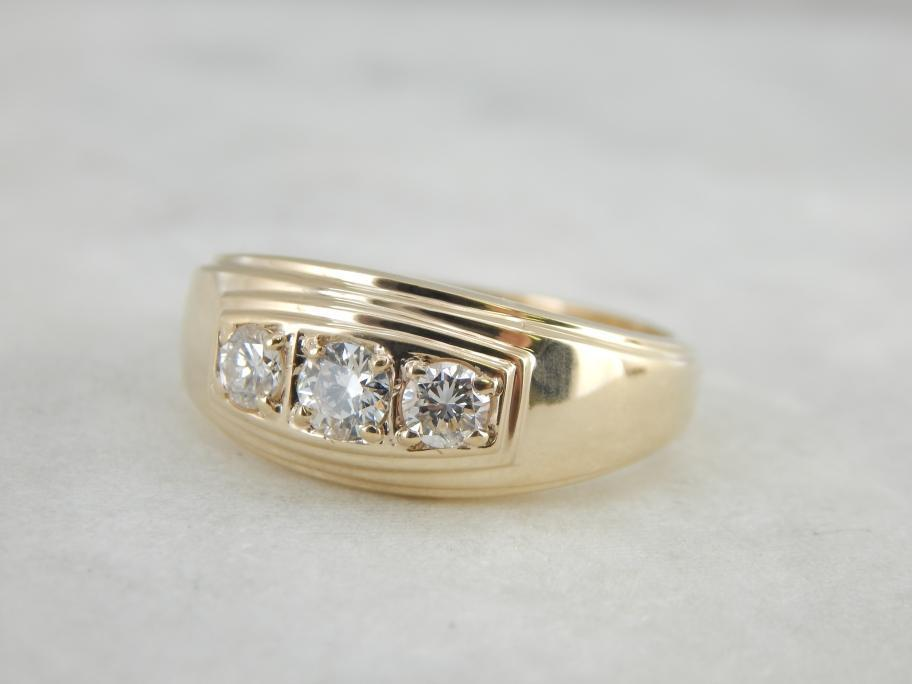 Vintage Retro Era Three Stone Men S Diamond Ring Men Diamond Ring Vintage Wedding Jewelry Vintage Jewels