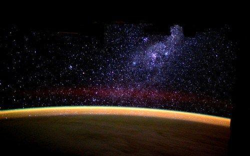 Milky Way risingESA astronaut Tim Peake posted this stunning... - http://astronomy.abafu.net/astronomy/milky-way-risingesa-astronaut-tim-peake-posted-this-stunning