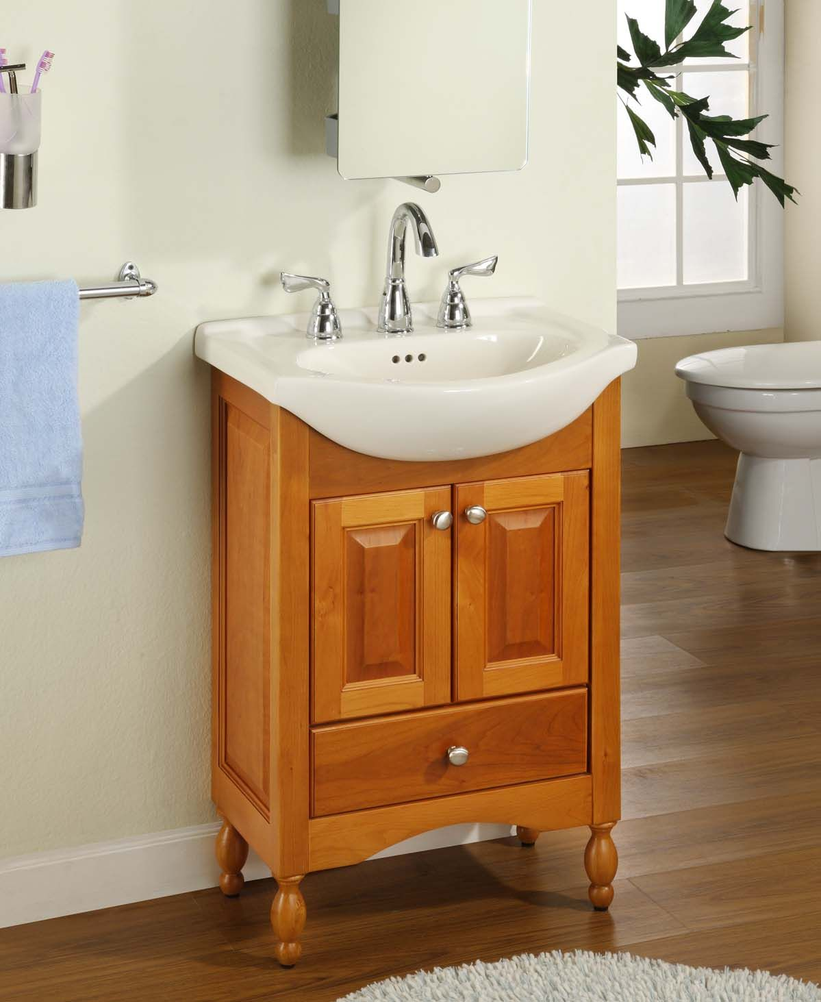 Delicieux Natural Polished Maple Wood Narrow Bathroom Vanity For Ivory Soap .