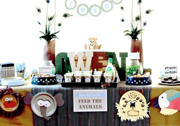 ideen zum kindergeburtstag feiern zoo oder dschungel themenparty tischdeko kindergeburtstag. Black Bedroom Furniture Sets. Home Design Ideas