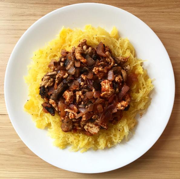 Spaghetti Squash With Ground Turkey, Mushrooms, and Onions