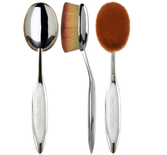 Enter For A Chance To Win 3 Luxury Artist Makeup Brushes A Brush Cleansing Starter Set Artis Makeup Brushes Artis Brushes Makeup Brushes