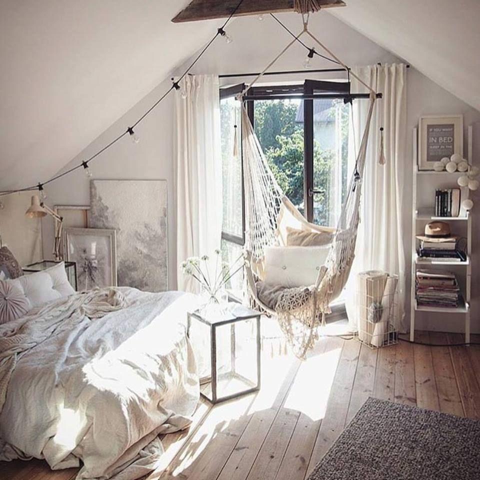 pin von daniela husanovi auf sweet home pinterest dachbodenausbau erste eigene wohnung und. Black Bedroom Furniture Sets. Home Design Ideas