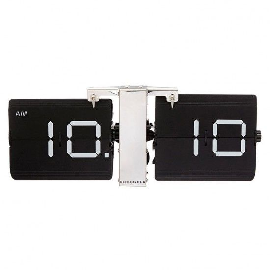 MONOQI Flipping Out Uhr - Schwarz Furniture - Accessoires - gemutlichkeit zu hause strick woll fellmobel decken