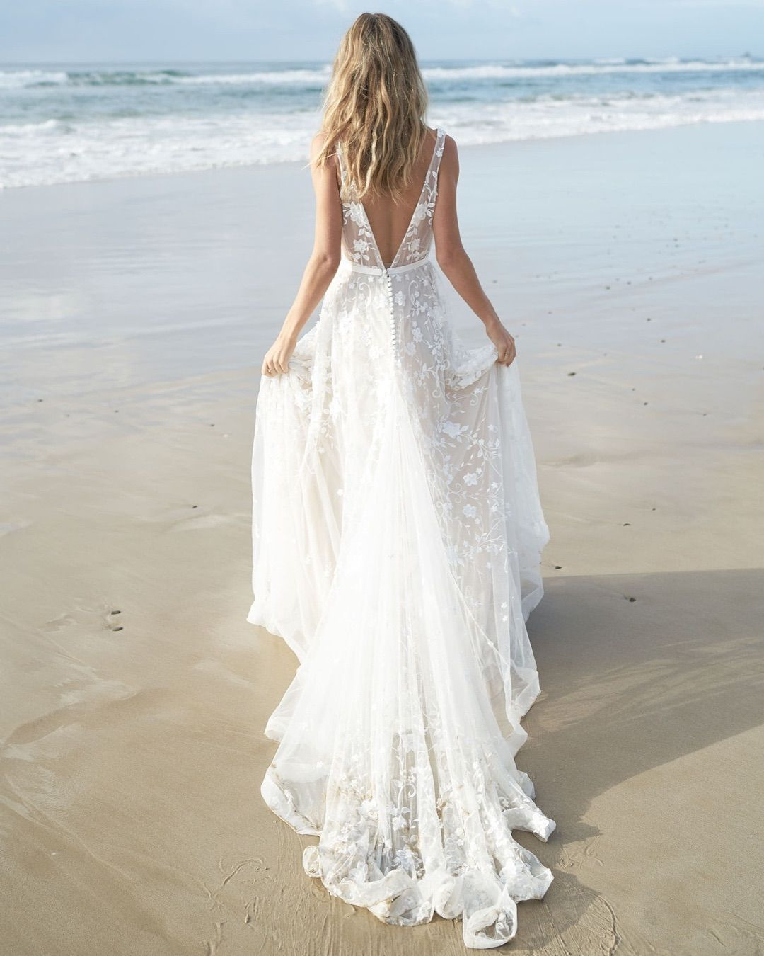 Anna Campbell 2019 Wedding Dresses: We Took The Wanderlust Collection Sea Side In The