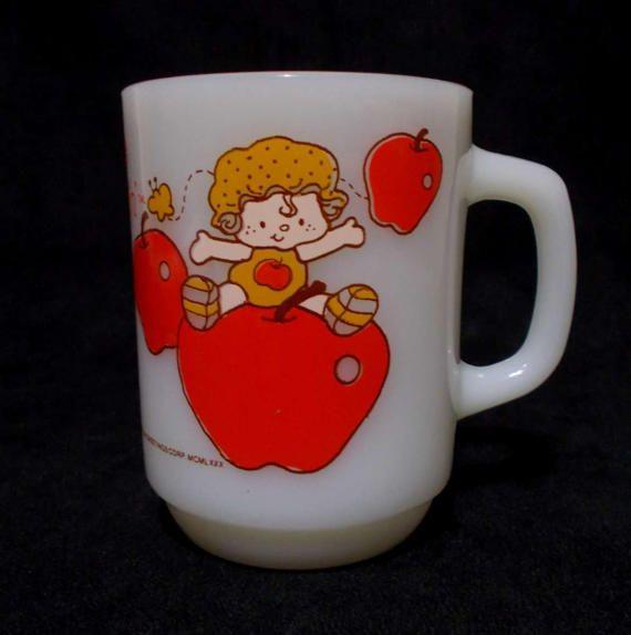 Apple Dumplin Milk Glass Mug Strawberry Shortcake Vintage Etsy Vintage Coffee Cups Vintage Coffee Coffee Powder