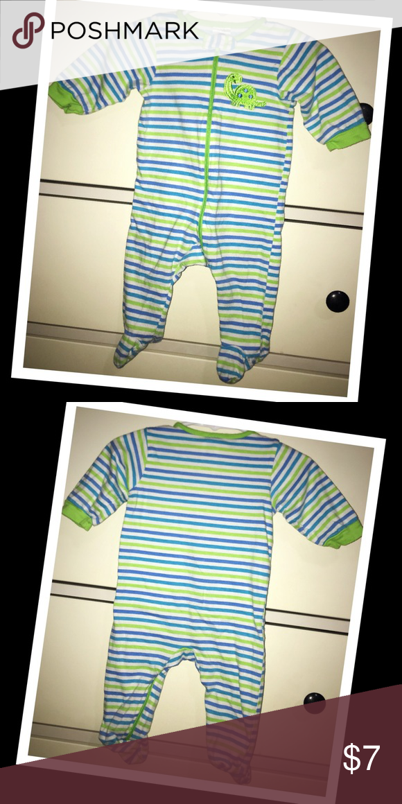 Gerber baby boy 0-3m Sleeper💚EUC💚