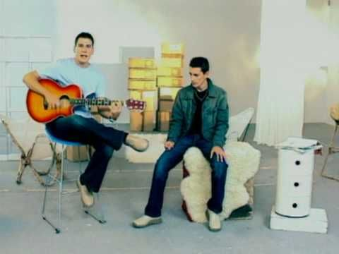 Andy & Lucas:Son De Amores Lyrics | LyricWiki | FANDOM ...