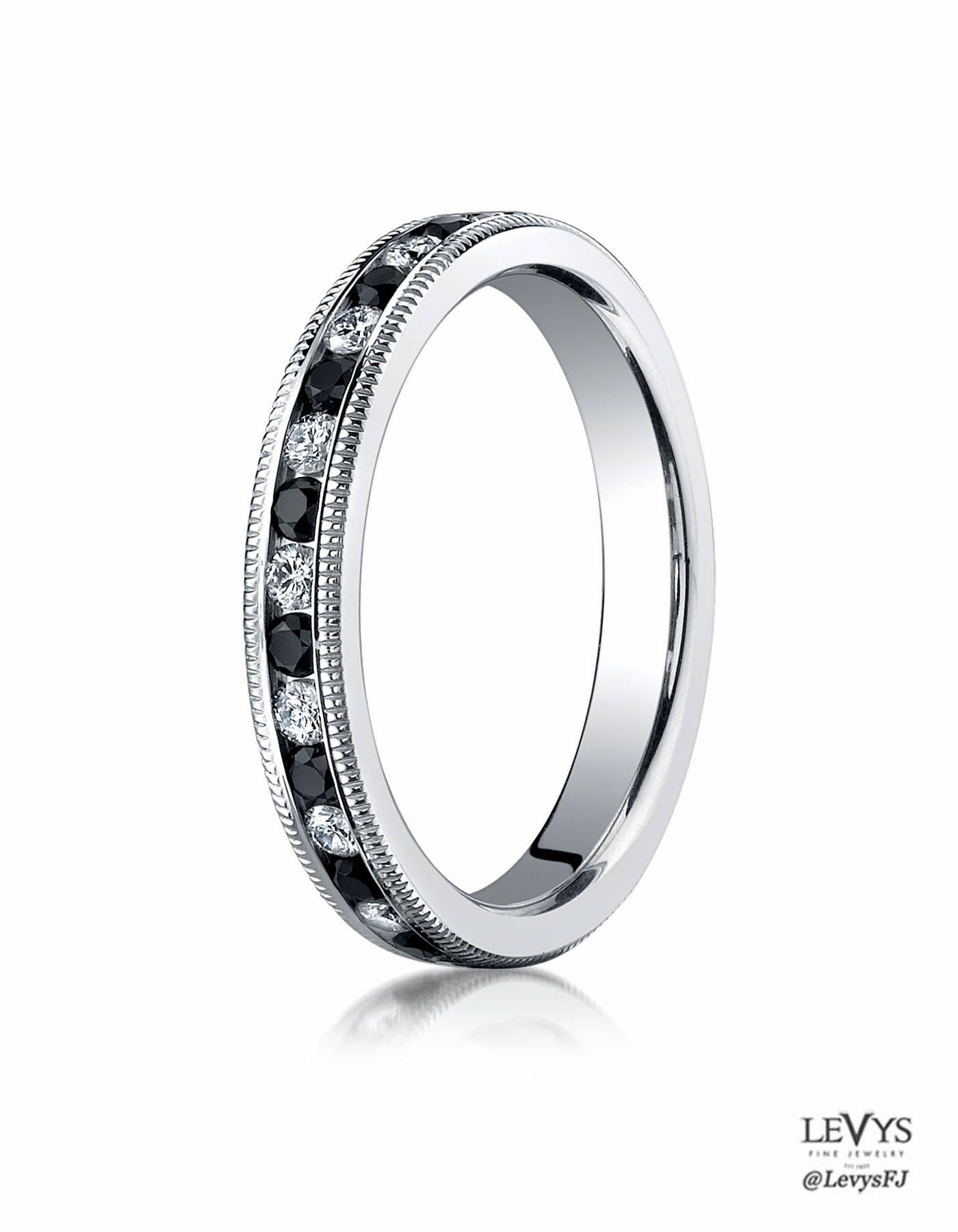 Wtq benchmark weddingring diamonds benchmark diamond