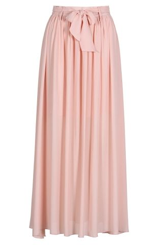 20763e2ff9 This maxi skirt is absolutely beautiful! Perfect for a walk in the park, a  shopping trip, etc.