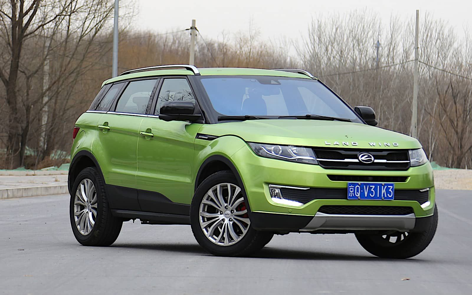 Landwind X7 La descarada copia del Range Rover Evoque ya