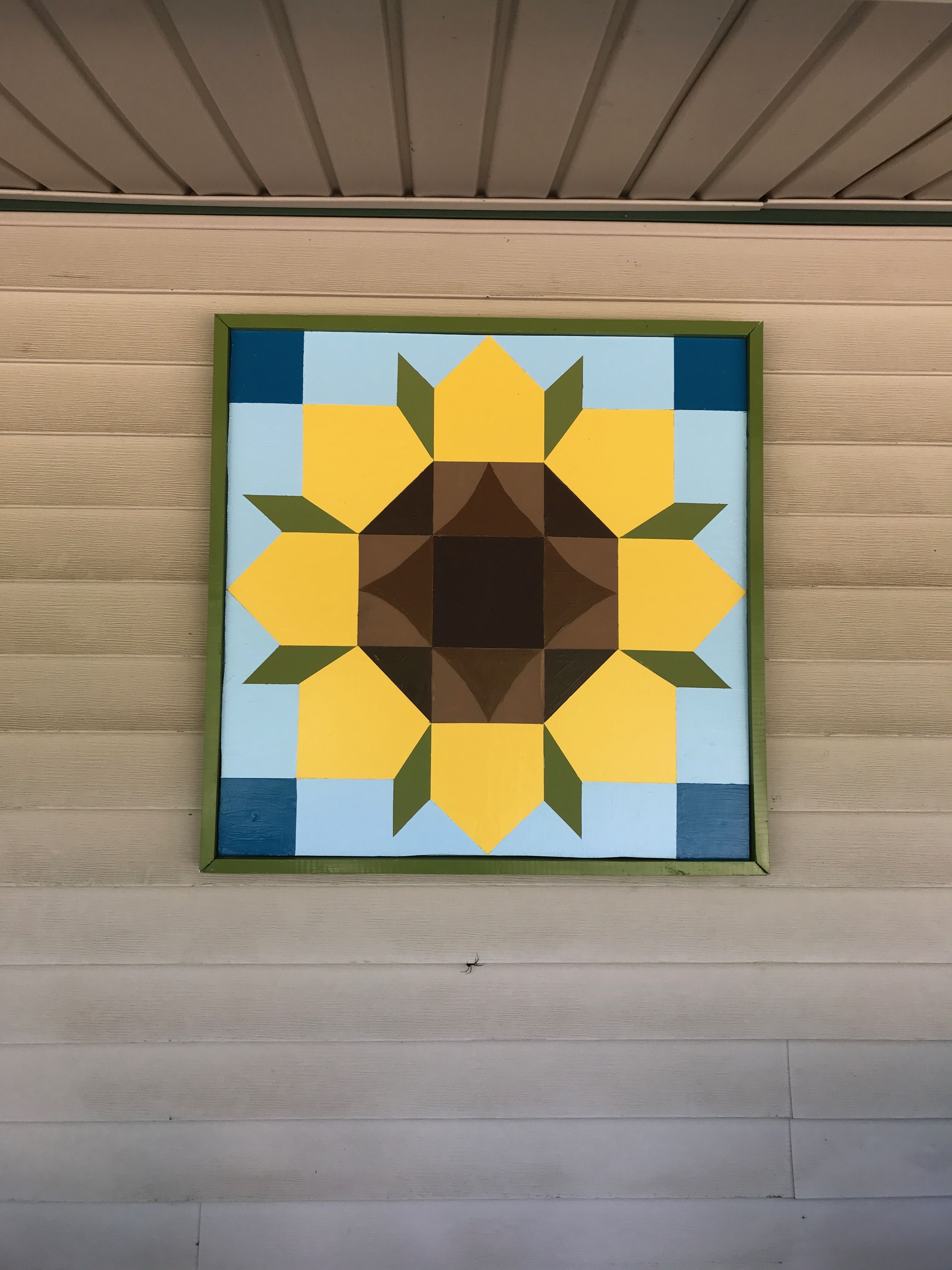 Sunflower Quilt Pattern   decorating   Pinterest   Sunflower quilts ...