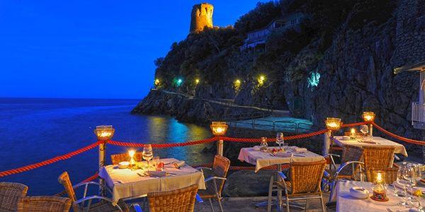 Il Pirata Positano, Restaurant lounge, Travel inspiration