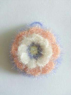 이름하여 핀플라워(pin flower) 수세미~ 송쥬님께 구매한 메르시 실로 수세미 떴어요 여리여리 연두와 연하...