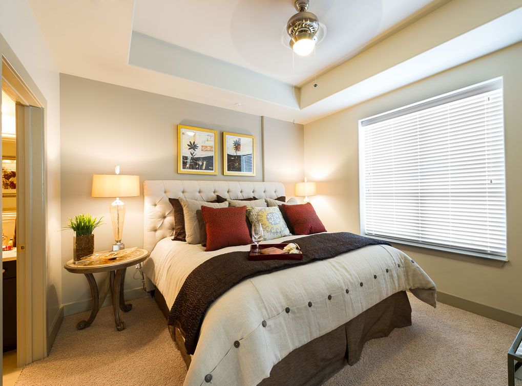 Luxury River Oaks Apartments In Dowtown Houston At Amli River Oaks Houston Apartment Apartment Design Apartment