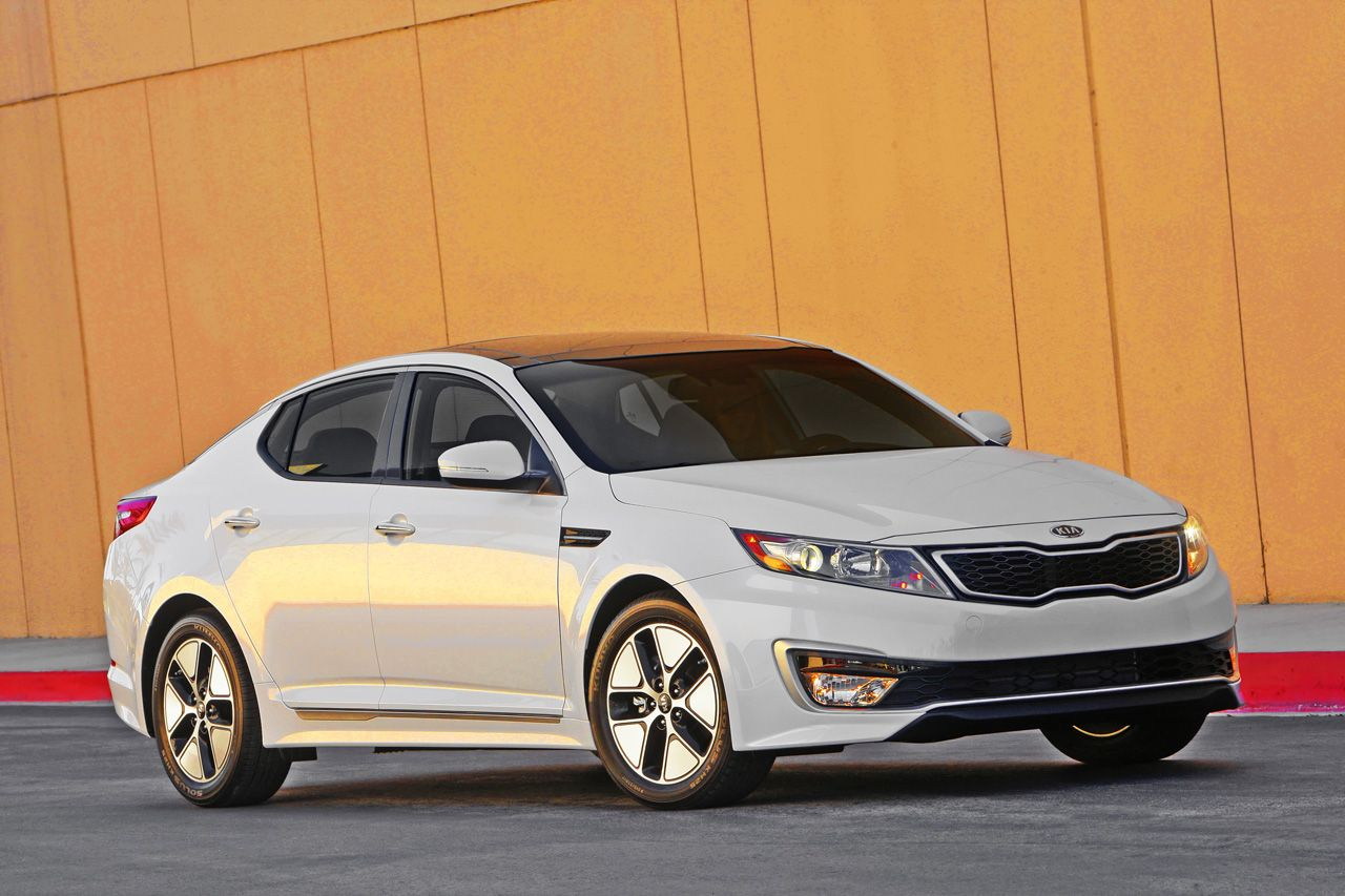I want this car so bad anybody willing to get it for me kia optima my new car pinterest kia optima cars and dream cars