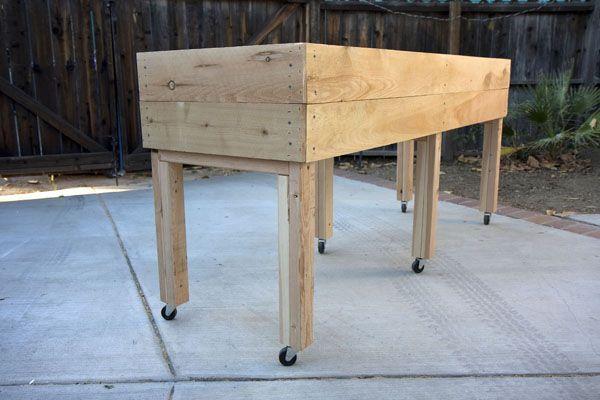 Living Green Planters - Jumbo Portable Elevated Planter Box