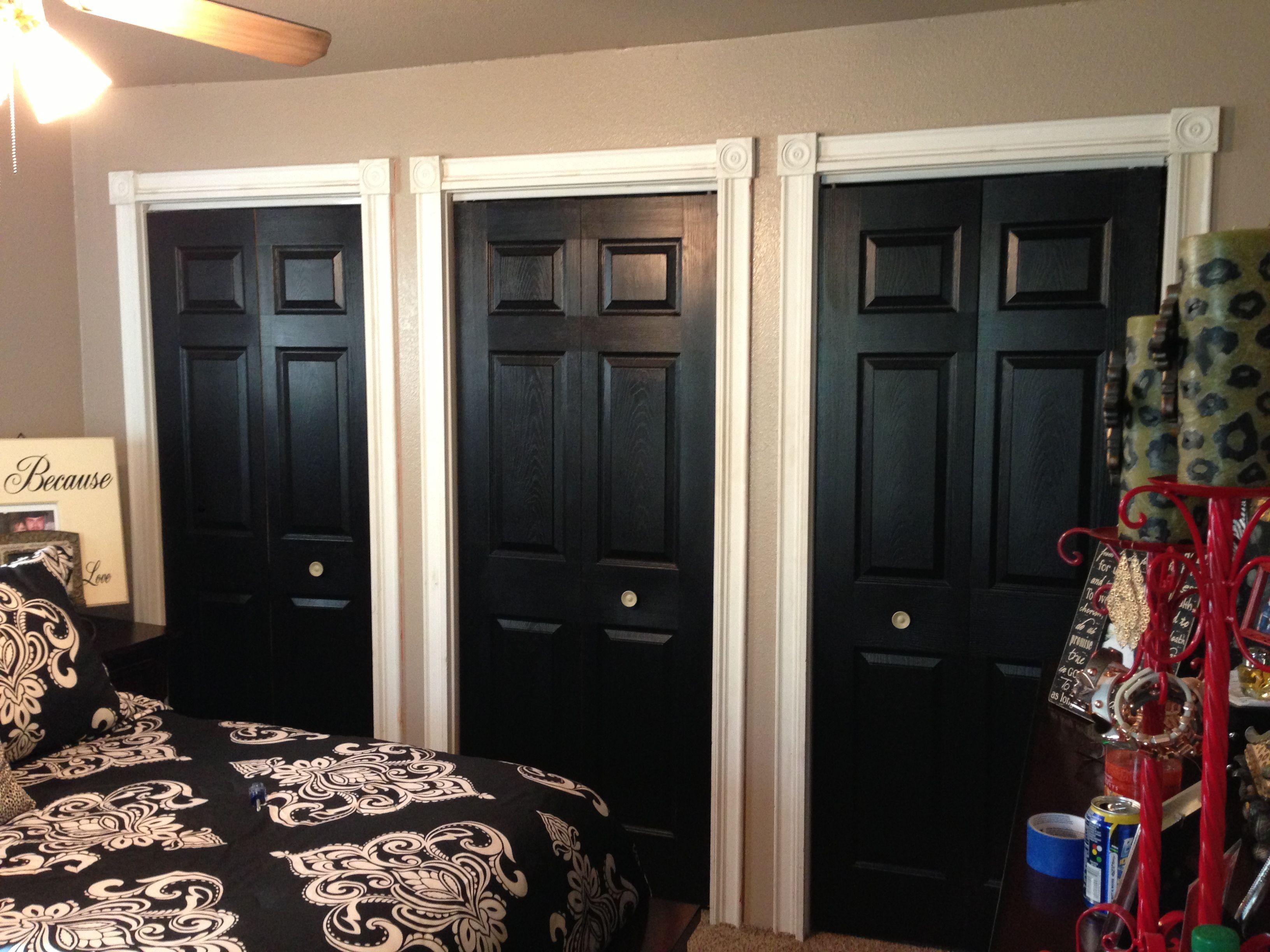 Black Closet Doors! Love!