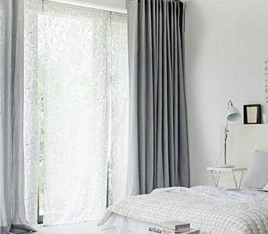 chambre blanche double rideaux gris