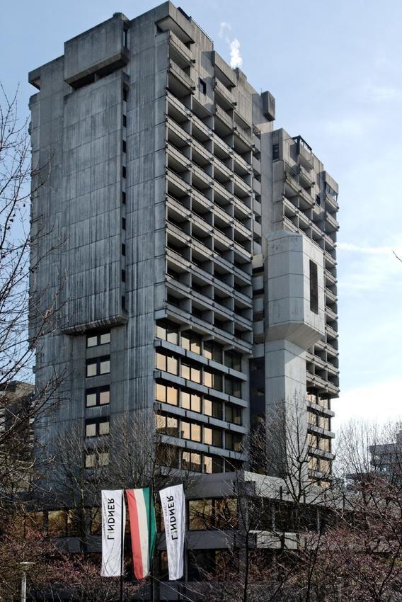 Lindner Congress Hotel, Düsseldorf, Germany (1973)