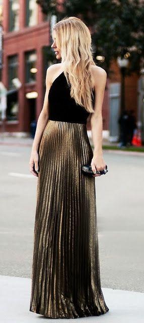 36af4ff23a Los vestidos con faldas plisadas son un toque de elegancia seguro para tu  look.