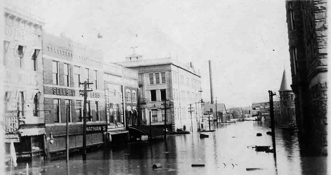 Early Parkersburg flood Nathan's Flooded 1913