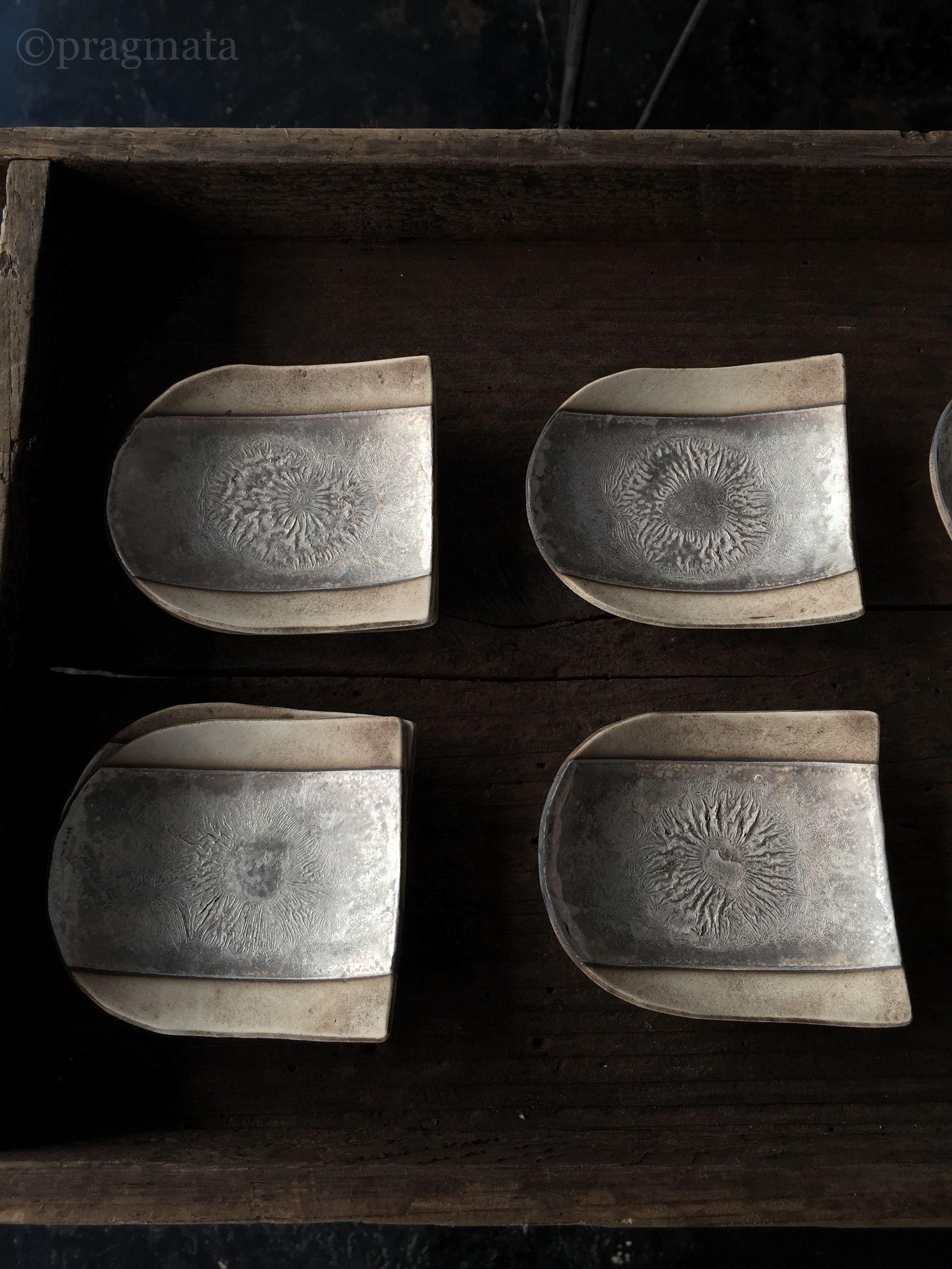 """Solar panels "" Ceramics by Ohmura Takeshi 『ソーラーパネル」 陶器、大村剛 #pragmata"