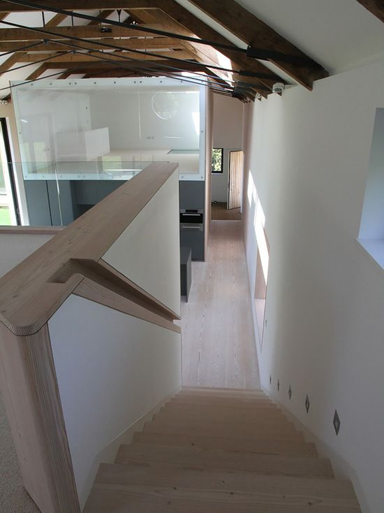 Best Recessed Handrail For Narrow Staircase In Entrance 400 x 300