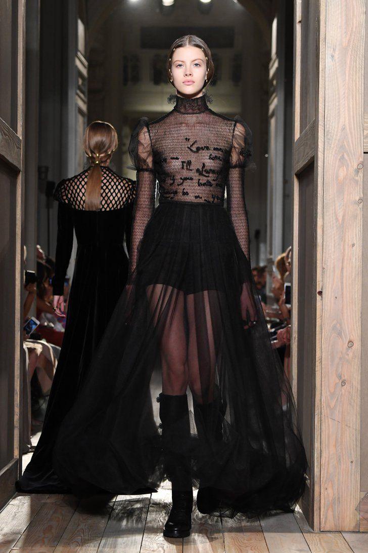 Pin for Later: Régalez la Modeuse Qui Est en Vous Avec les Looks les Plus Extravagants de la Semaine de la Haute Couture Valentino