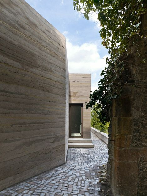 Sparrenburg Visitor Centre By Max Dudler Concrete Architecture Rammed Earth Homes Rammed Earth