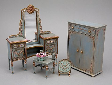 Hand Painted Shabby Chic And Victorian Dollhouse Miniature