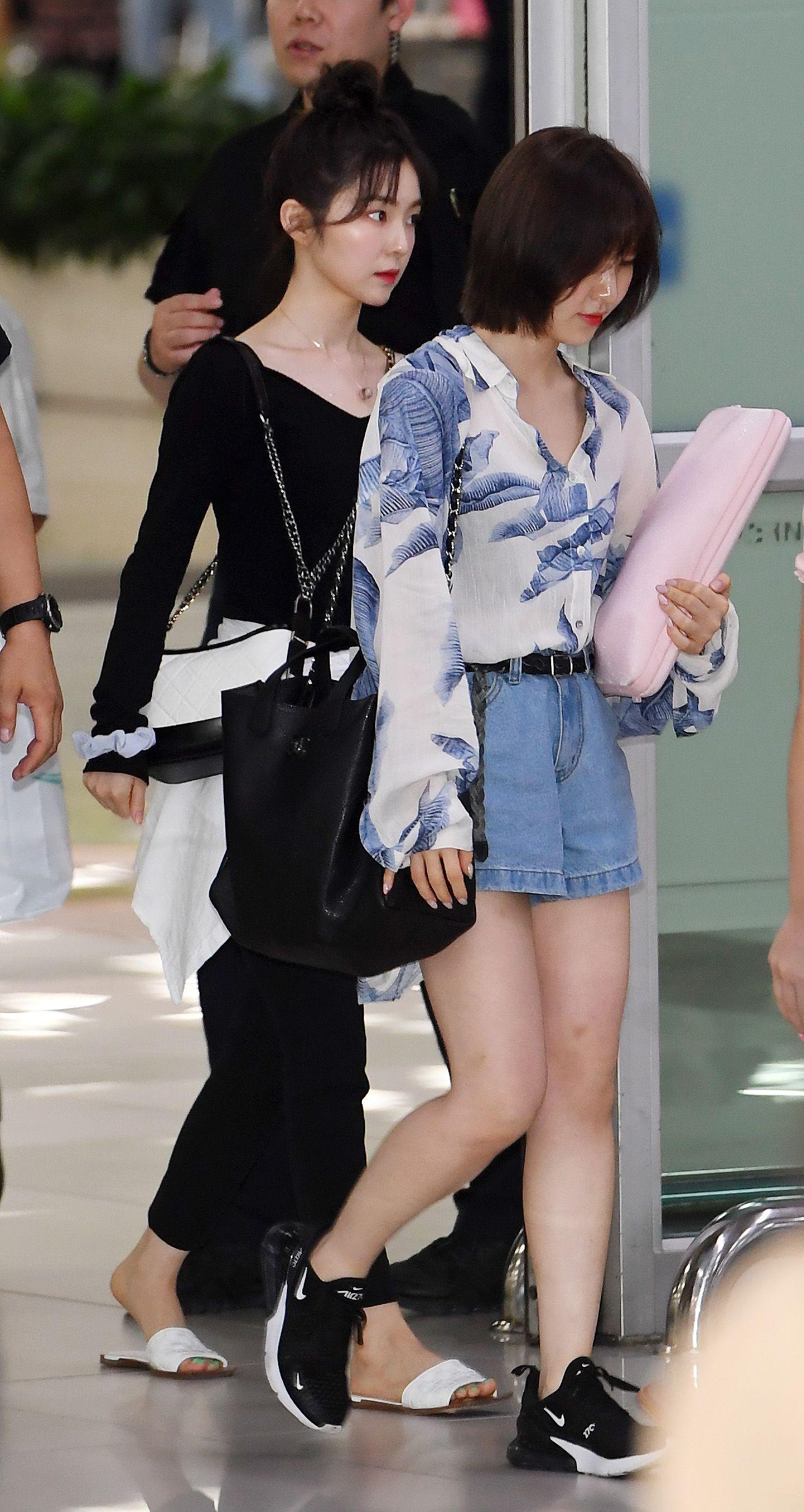 Red Velvet Irene Yeri Feet R Kpopfeets Kpopfeets Kpop Red Velvet Irene Velvet Clothes Wendy Red Velvet