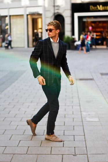 Tommy Hilfiger Blazer, Tommy Hilfiger Sweater, Salvatore Ferragamo Belt   fashion  mensfashion  menswear  mensstyle  streetstyle  style  outfit  ootd 87f2c8ec36