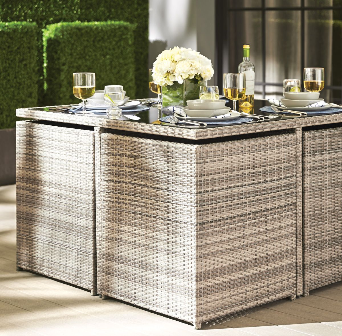 Patio 2014 Collection Porto Dining Set Shown Closed
