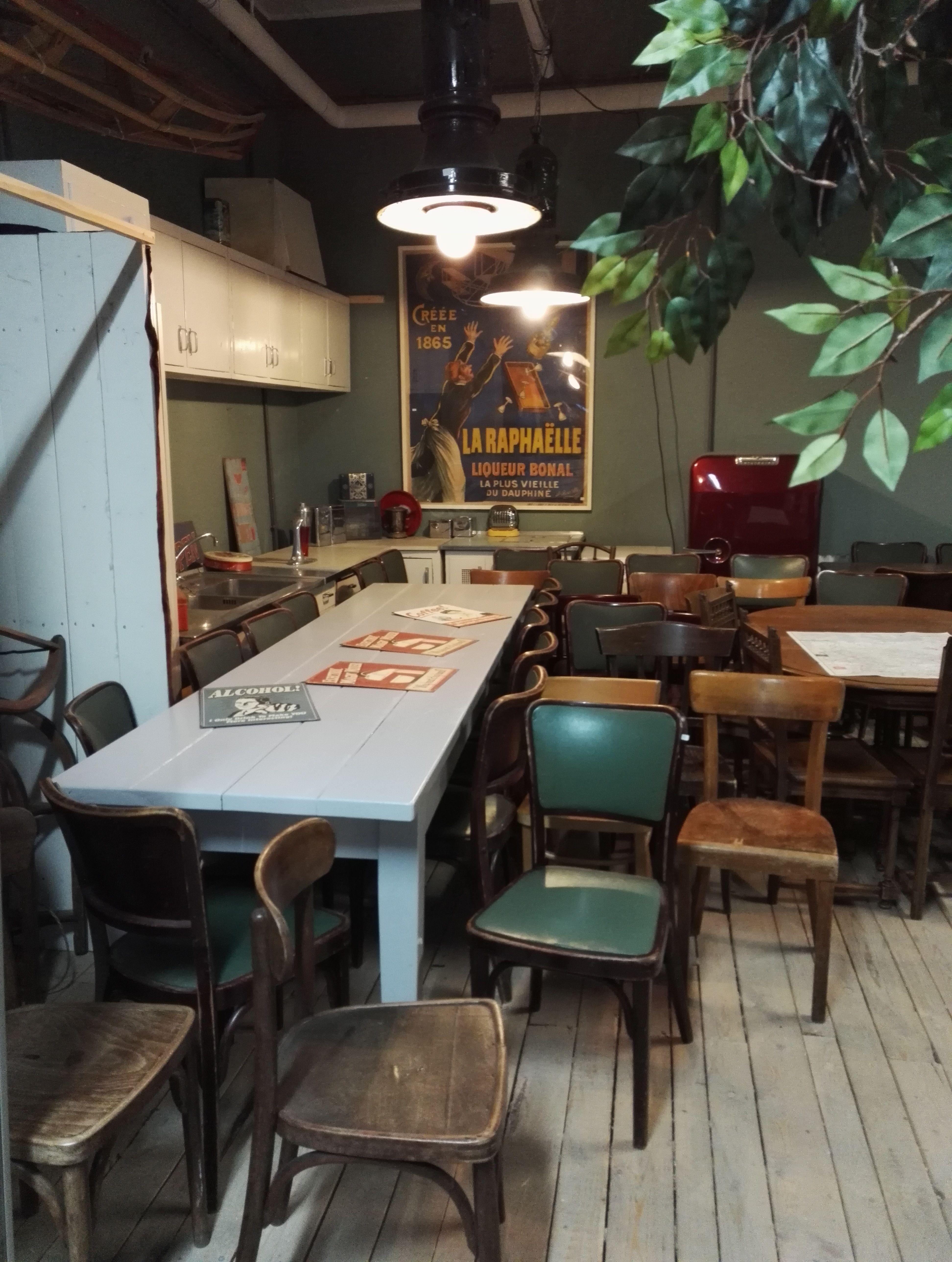 Genial Küche Vintage Foto Von #style#wandelantik#duesseldorf#kitchen#vintage#küche#unterbilk#stühle