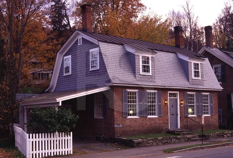 Colonial Home With Gambrel Roof This Has A Carport Which