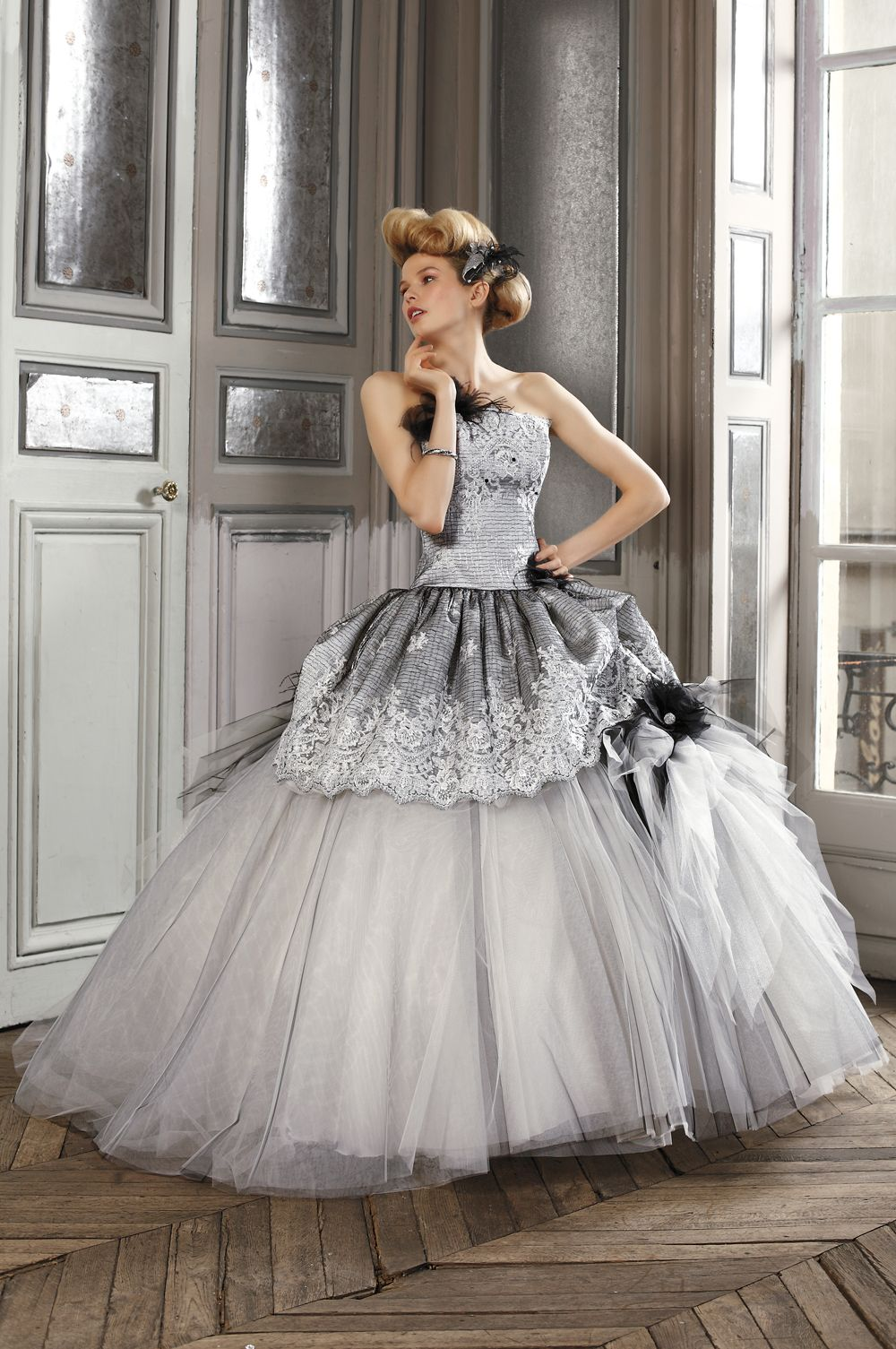 Black and White Wedding Dress With Lace Ruffle. Perfect