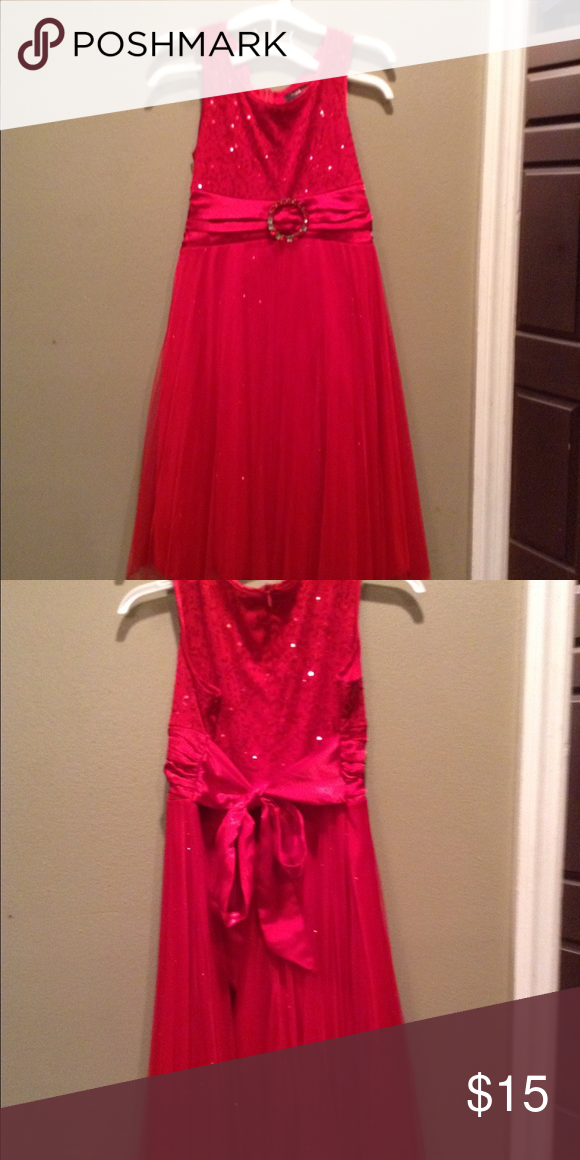 Girls Red Dress Beautiful sparkled red dress just in time for Christmas (especially if you live in Florida). Dresses Formal
