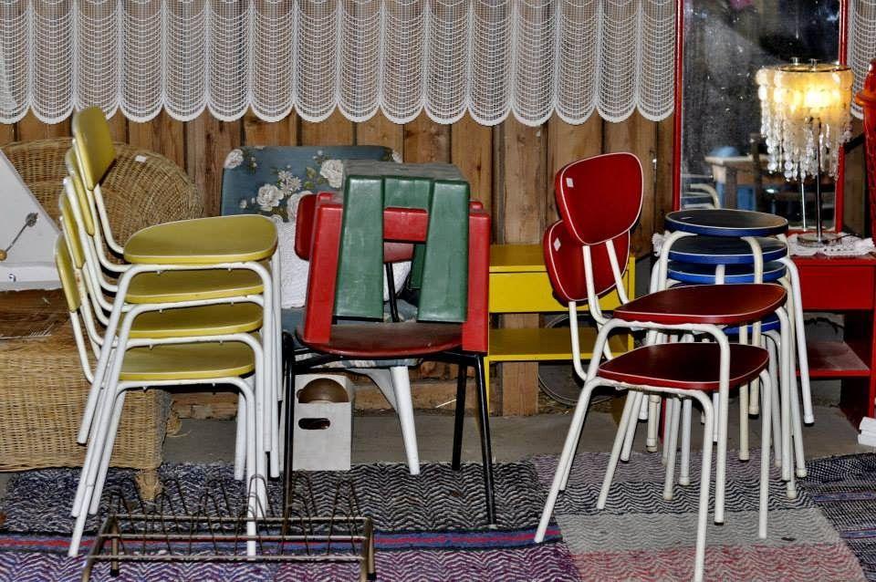 Huonekalut ja valaisimet