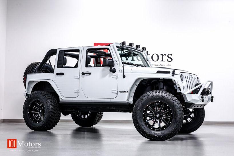 2015 Jeep Wrangler Unlimited Sport Bright White / Custom