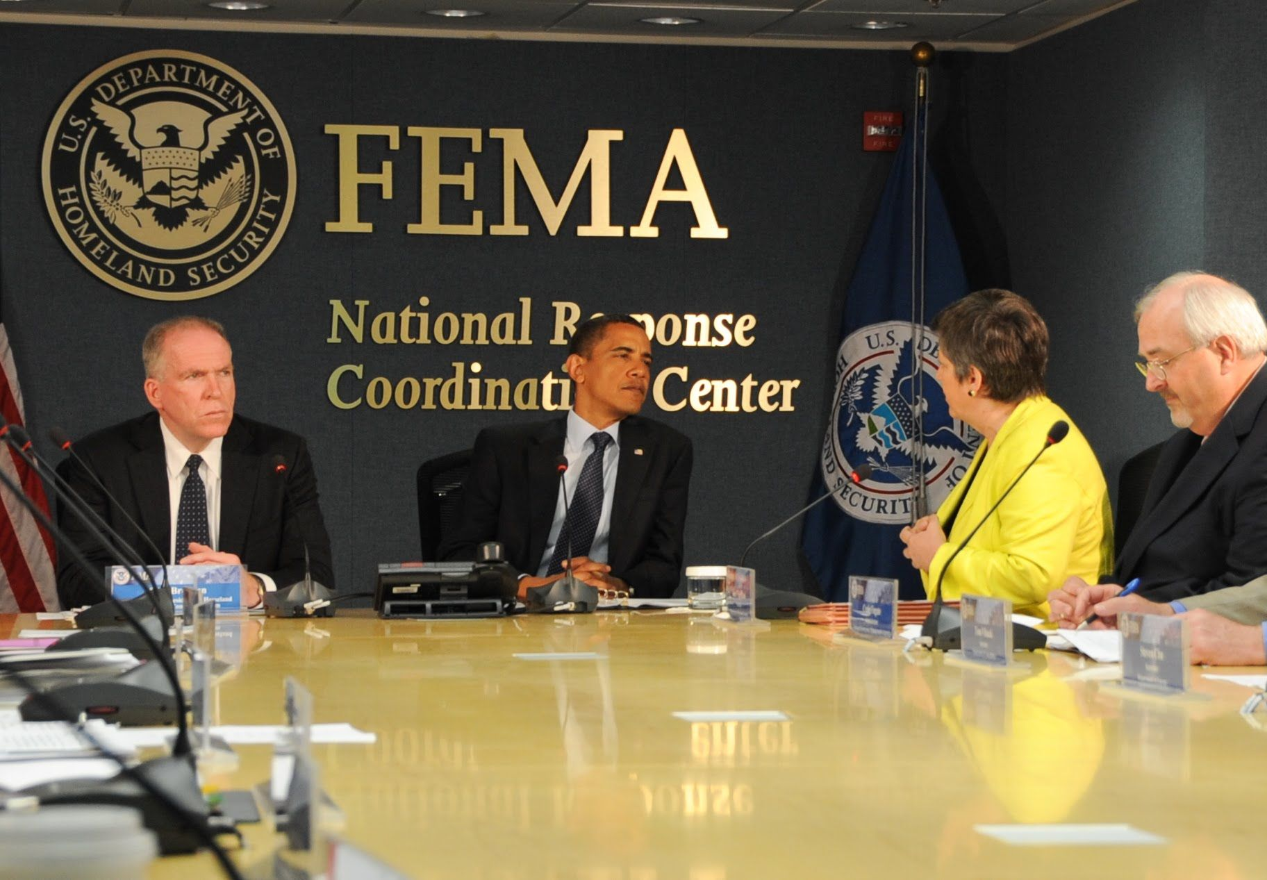 OBAMA AND FEMA ARE WORKING TOGETHER! SOMETHING VERY BAD IS COMING - Mart...