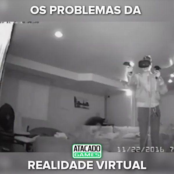 "ATACADO GAMES no Twitter: """"Pule para frente"" eles disseram 😂😱😲 #VR #Fail #Pulo #Carada Link pra entrar no mundo da realidade virtual 👉 https://t.co/bIfF0vBW0z https://t.co/wSMKI2rV6M"""