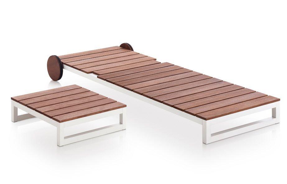 Gandia Blasco Bain De Soleil En Teck Dans Un Style Elegant Et Moderne Petite Table Basse Et Bain De Soleil Avec Bain De Soleil Mobilier Petite Table Basse