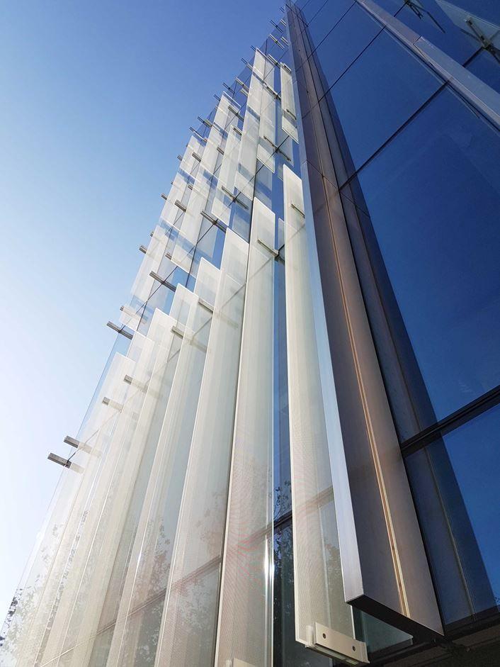 Edificio Per Uffici Monte Grappa 3 Milano Picture Gallery Facade Architecture Architectural Section Facade Design