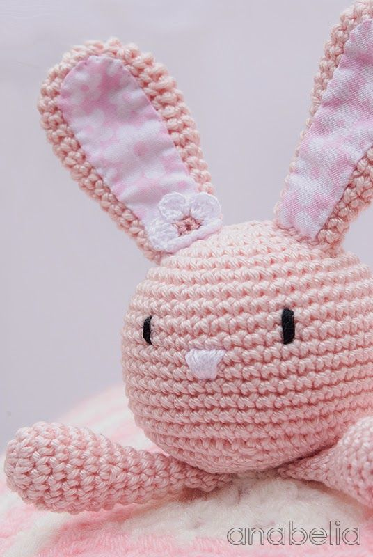 Bunny security crochet blanket by Anabelia | manualidades ...