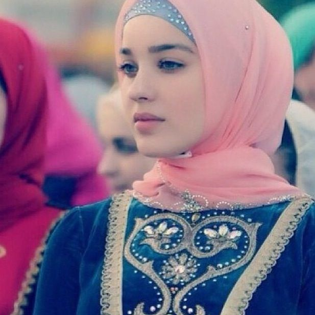 Tchetchene Chechen On We Heart It Beautiful Hijab Muslim Beauty Girl Hijab