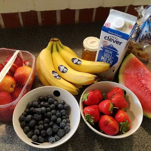 Healthy JUZ🍌🍉🍇🍎🍓. .