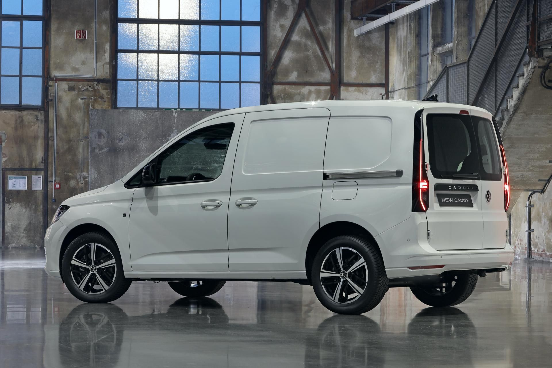 New 5 VW Caddy Wraps MQB Underpinnings In Evolutionary Styling
